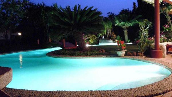 SENEGAL VACANCES D EXCEPTION VILLA ****L PLAGE PISCINE JACUZZI PRIVES PERSONNEL MAISON INCLUS