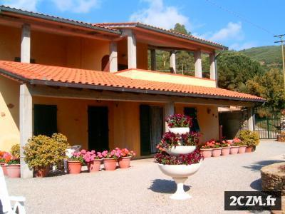 APPARTEMENTS all' ile d'ELBA JUSTE 150mt de la mer