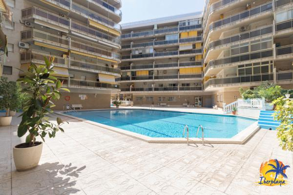 APPARTEMENT DUPLEX AVEC PISCINE ET PARKING