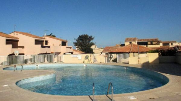 T2 - village naturiste - 11 PORT LEUCATE